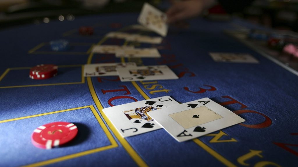 How to utilize the gaming facilities in online casinos?